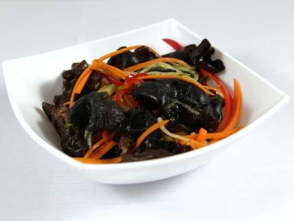 Корейские салаты из древесного грибами
